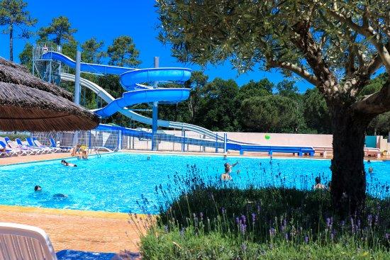 Camping l'Estanquet : un camping avec un parc aquatique XXL